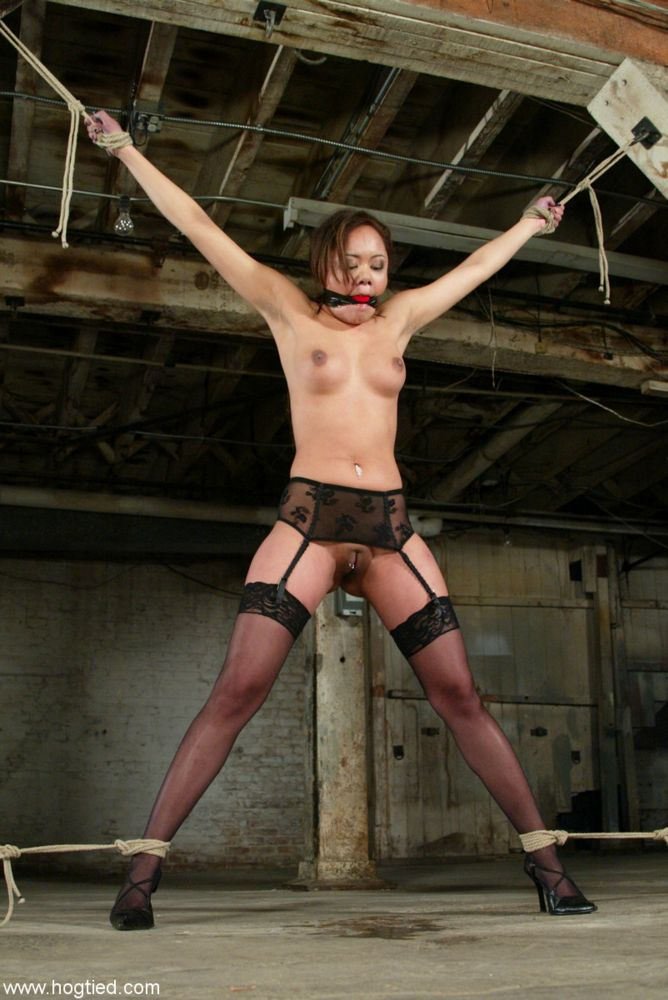self bondage techniquies jpg 422x640